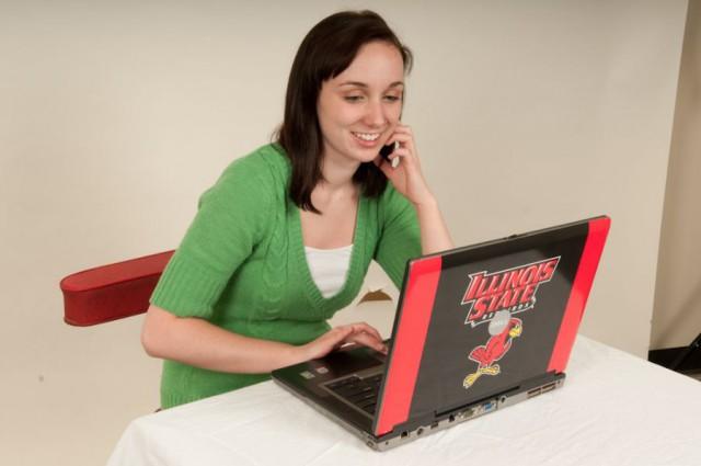 Woman uses ISU computer