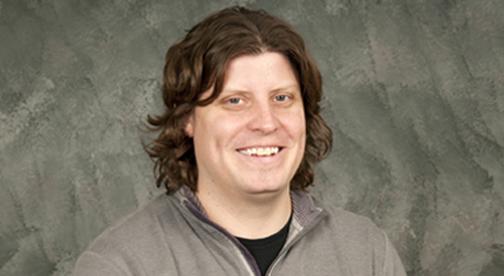 headshot of Daniel Breyer