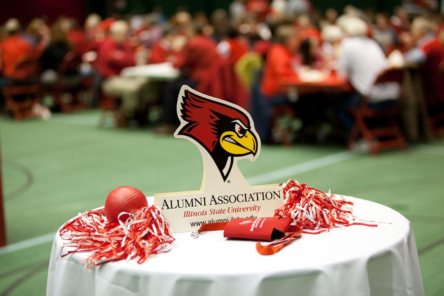 Illinois State alumni are invited for an exciting evening of Illinois State basketball on January 11.