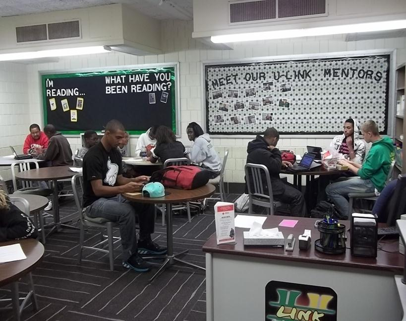 Students in the U-Link Literacy and Leaning Center