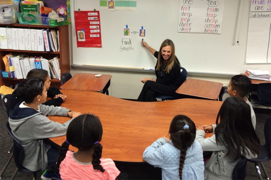 2015 California Teacher of the Year and alum Amy Laughlin is a reading intervention teacher at Hansen School in Orange County.
