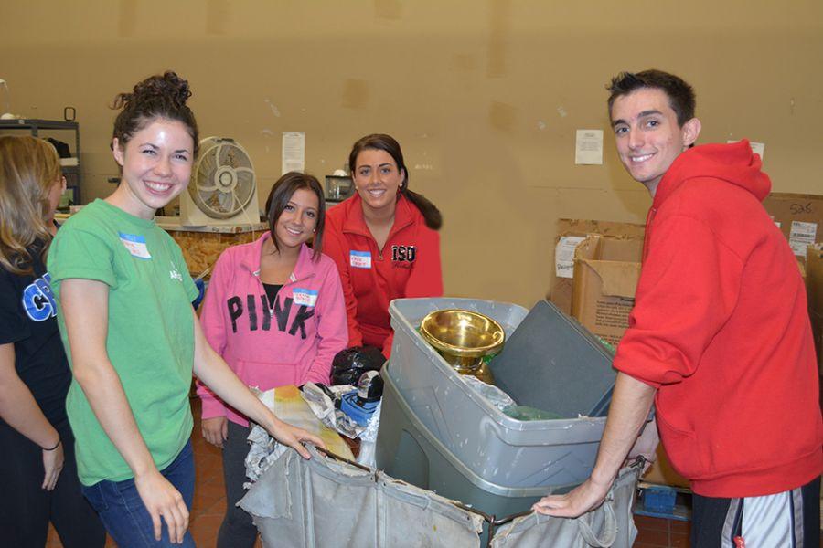 students volunteer