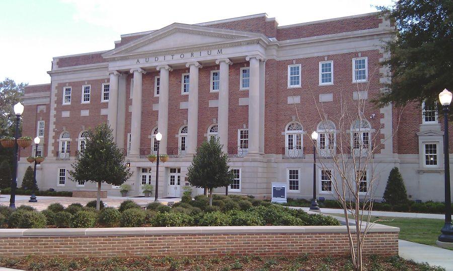 image of Foster Auditorium at the University of Alabama