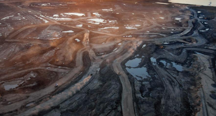 image of oil sands