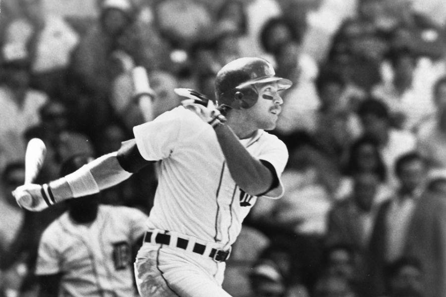 Dave Bergman swings a bat
