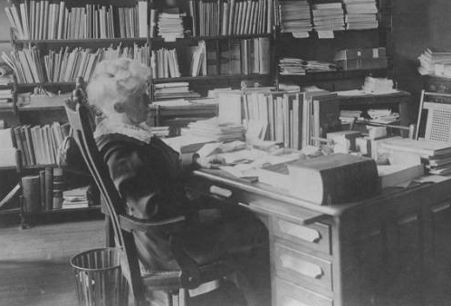 image of Ange V. Milner, former librarian of Illinois State University