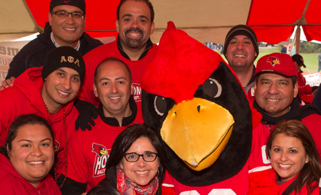 image of members of the Latino Alumni Network