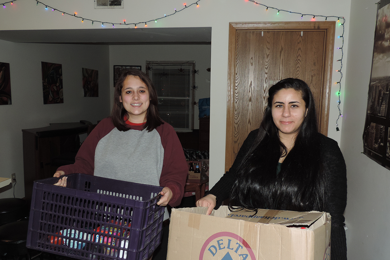 Off-campus students ready to donate items