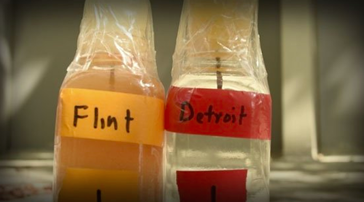 image of water from Flint next to water from Detroit