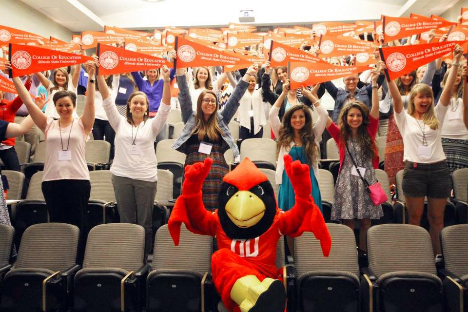 2015 NTCon event attendees with Reggie Redbird.