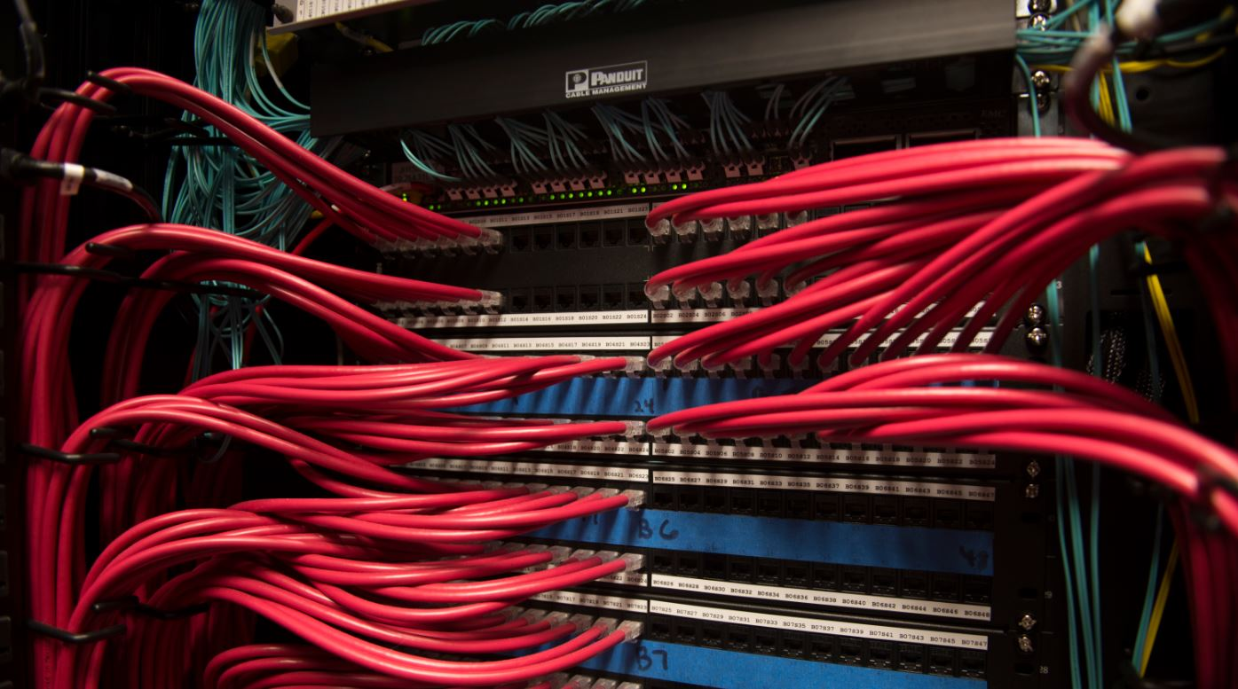 computer cables in server