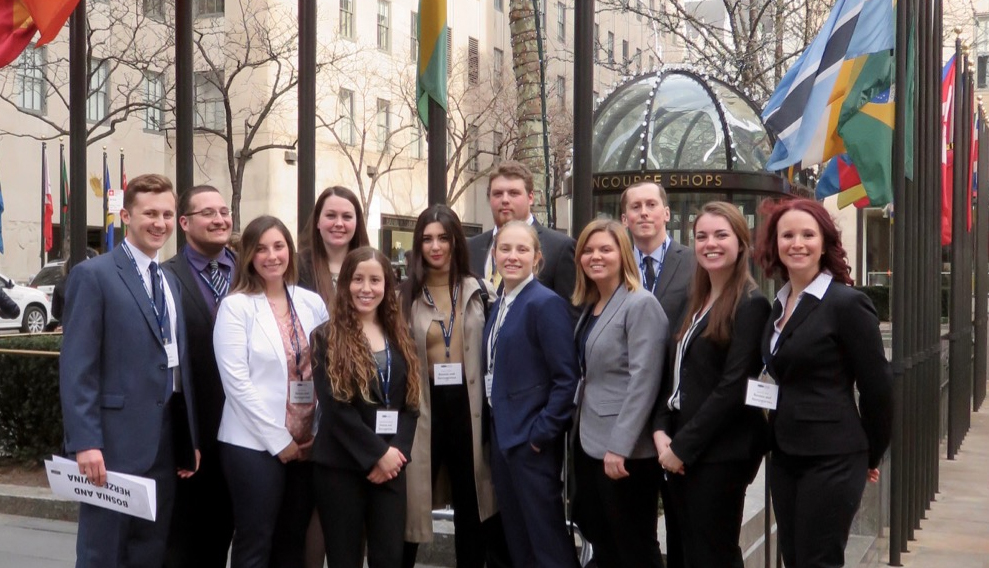 image of Students from Illinois State University's 2016 Model UN Team.