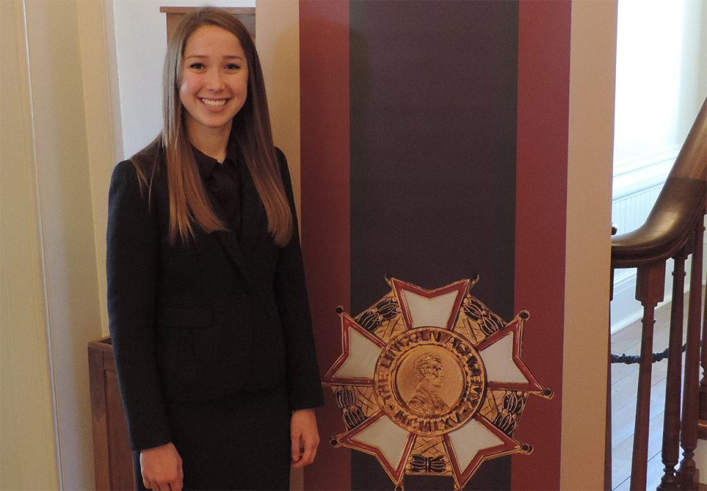 image of Lauren Koszyk at the Lincoln Academy of Illinois awards.