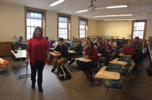 Marinelly Castillo in a classroom