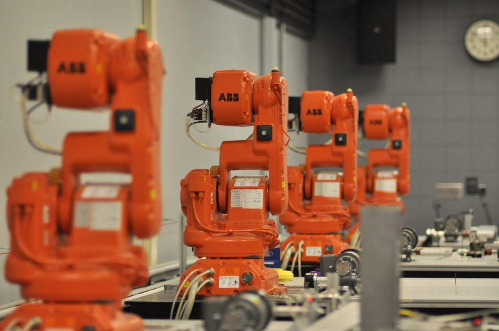 ABB robots in Caterpillar Lab