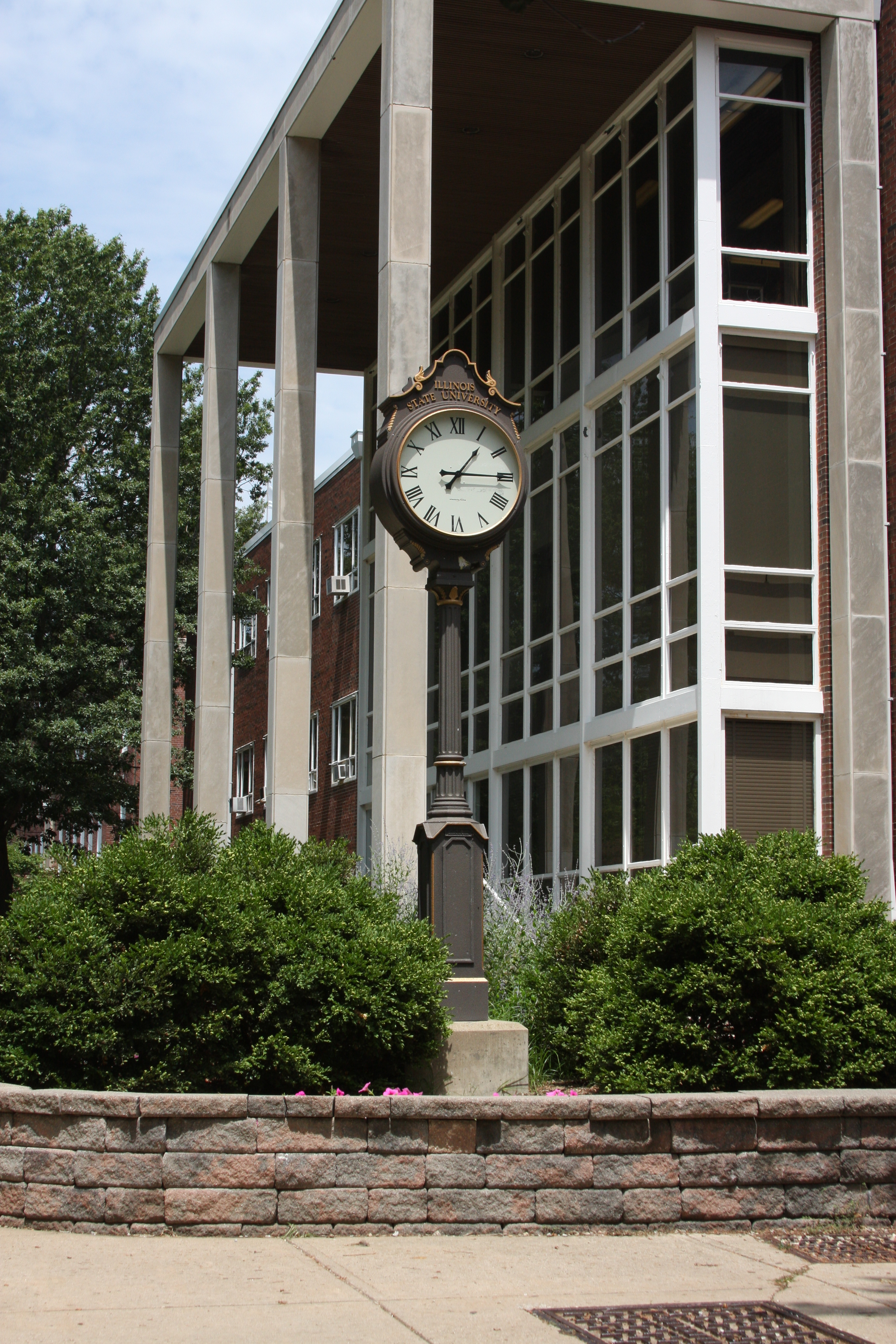 clock in front of Old Union
