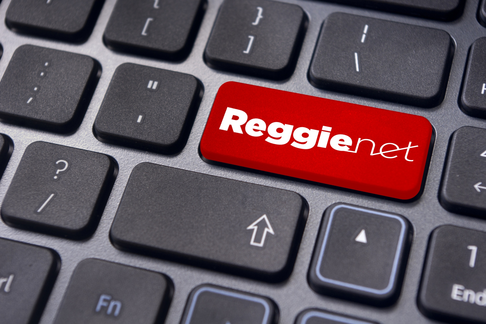 Keyboard with ReggieNet logo