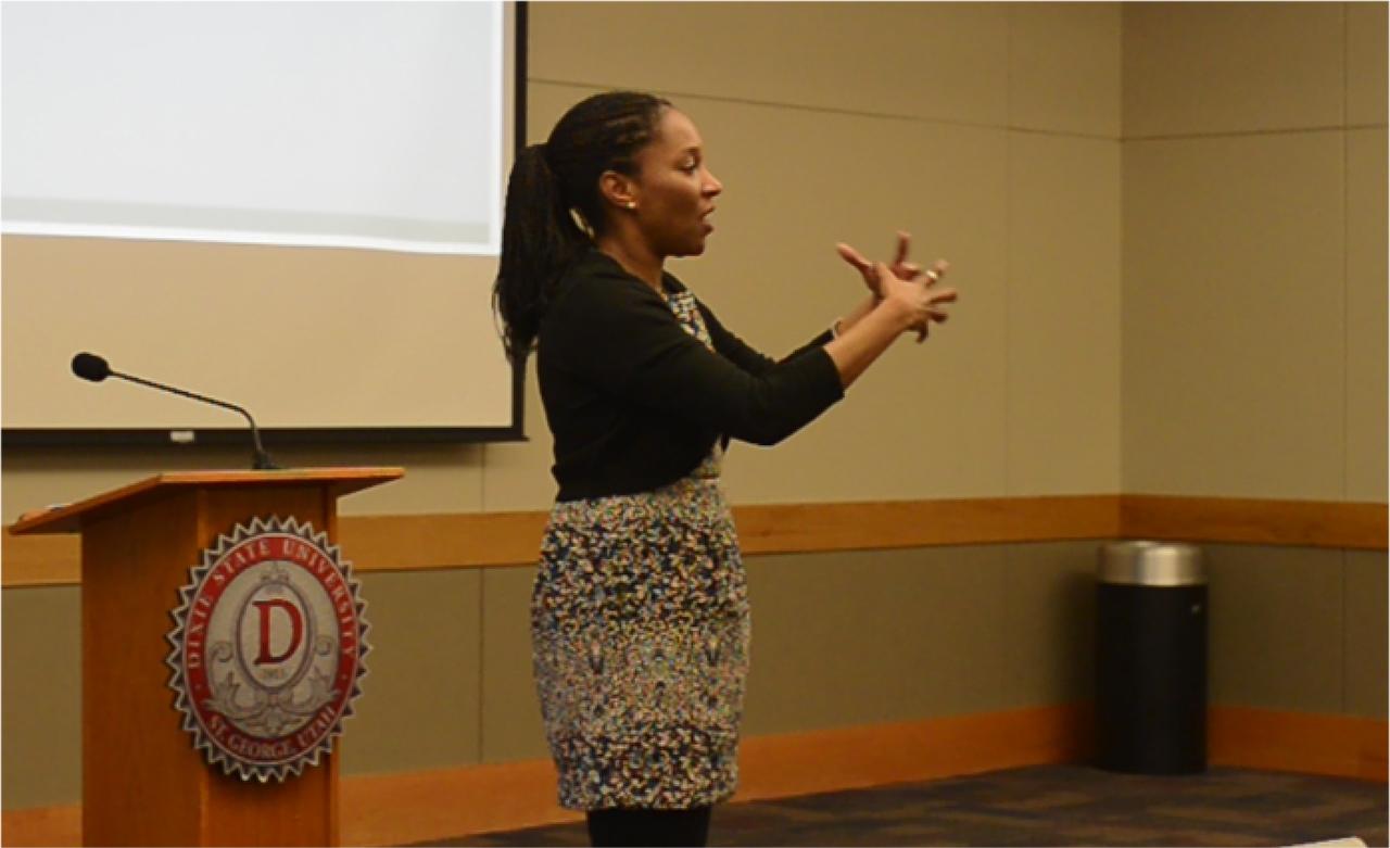 Rhonda Dugan lecturing to a class