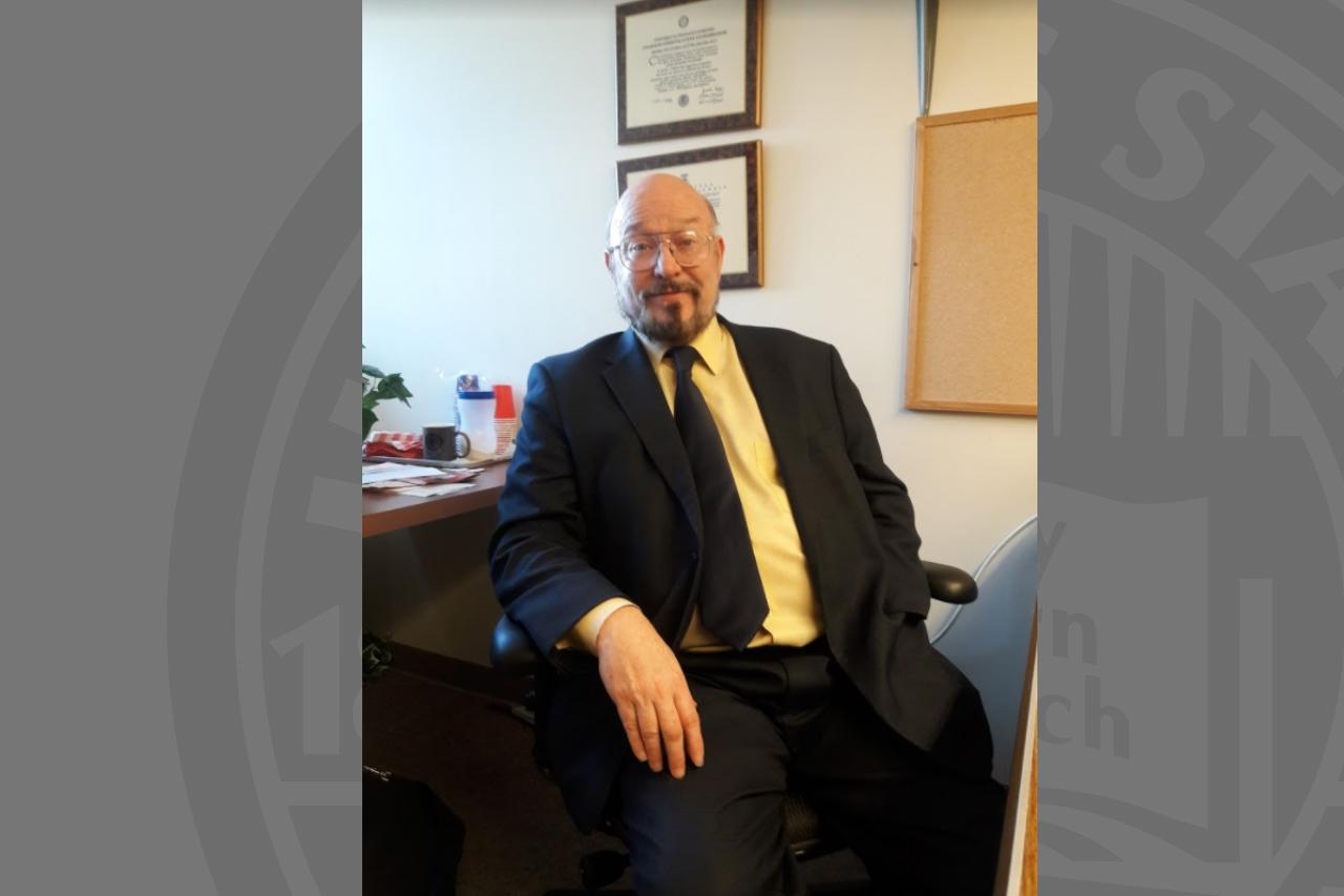 Associate Professor John Huxford