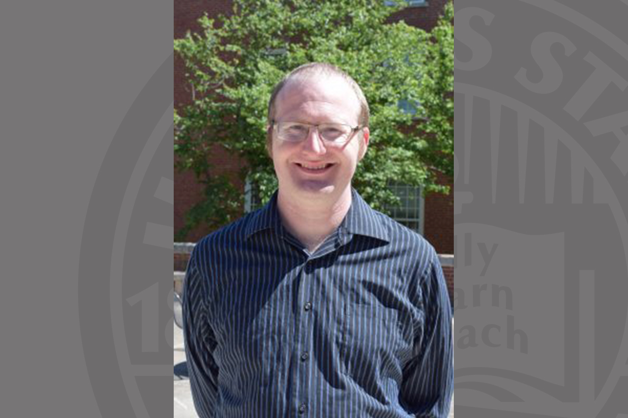 Eric Wesselmann, professor of Psychology and Honors Exploration instructor