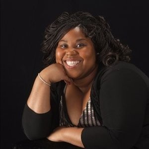 headshot of Joanette McBounds
