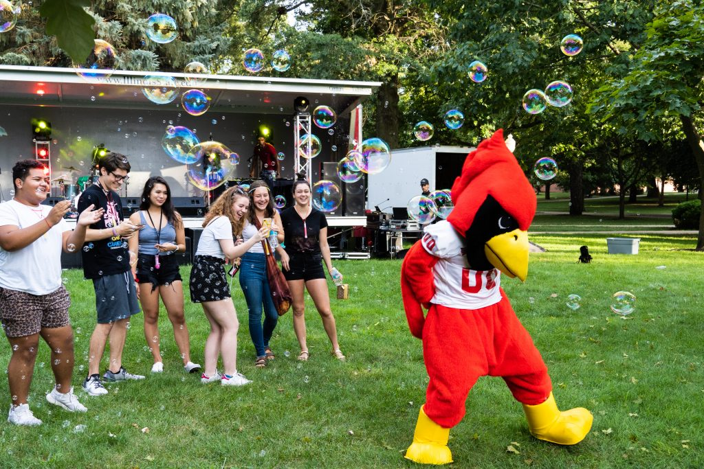 Reggie with new ISU students.