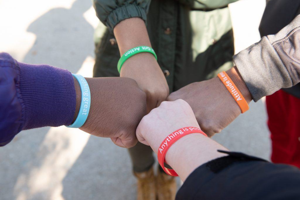 First-Generation Redbirds spent the afternoon of November 5 handing out bracelets with positive messages to their fellow students.