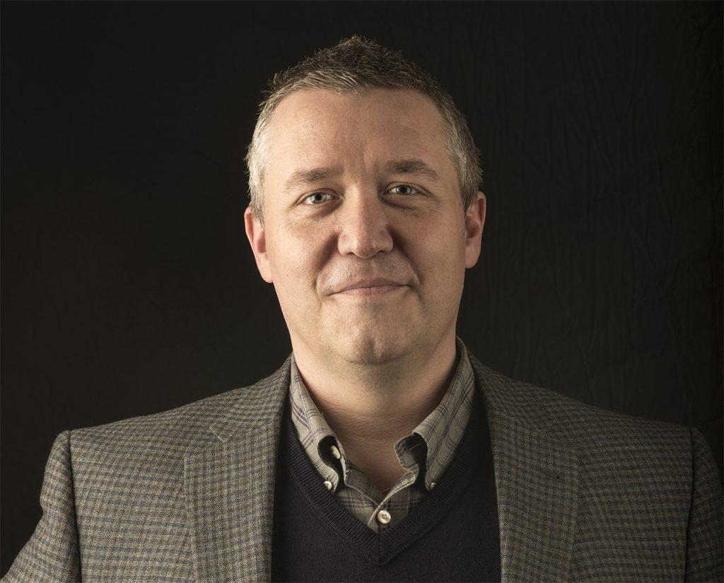 headshot of Justin Vickers