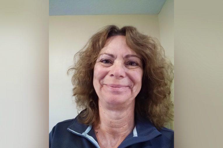Headshot of Sandy Schreidenhelm