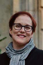 headshot of Barb Stamets