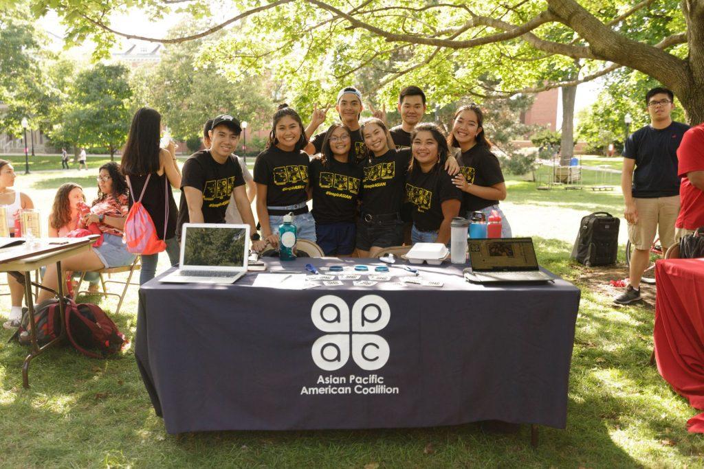 APAC members posing at Festival ISU