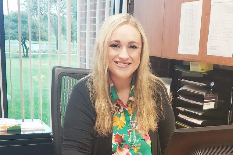 Dr. Lauren Nehlsen