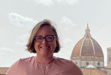 headshot of Dr. Kathryn Jasper