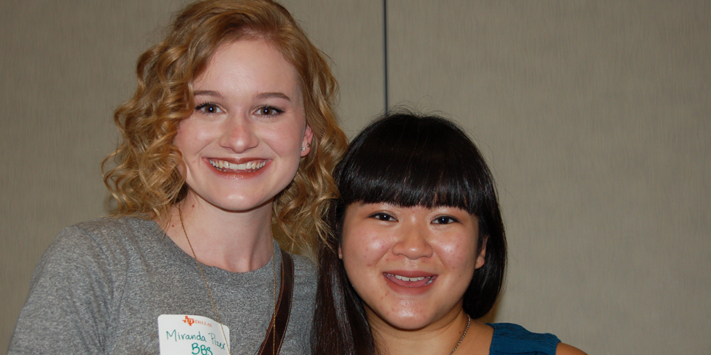 Incoming students Miranda Pizer and Stephanie Abe met at the Austin send-off and became fast friends.