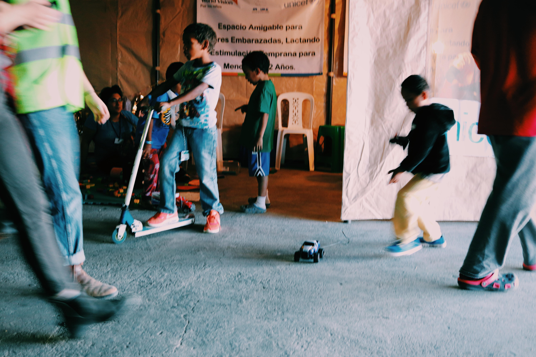 e6c84d238d71 Children play at El Barretal. Photo by Gabriel Briano.