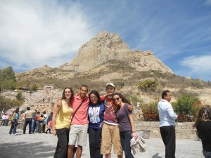 Michelle with friends before climbing the Pena de Bernal