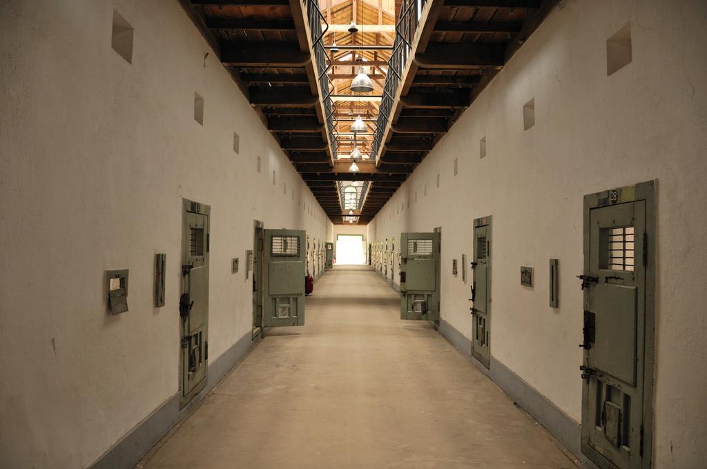 http://sites.uci.edu/lawcrimeworkshop/category/understanding-the-diffusion-translation-of-prison-downsizing-mandates/