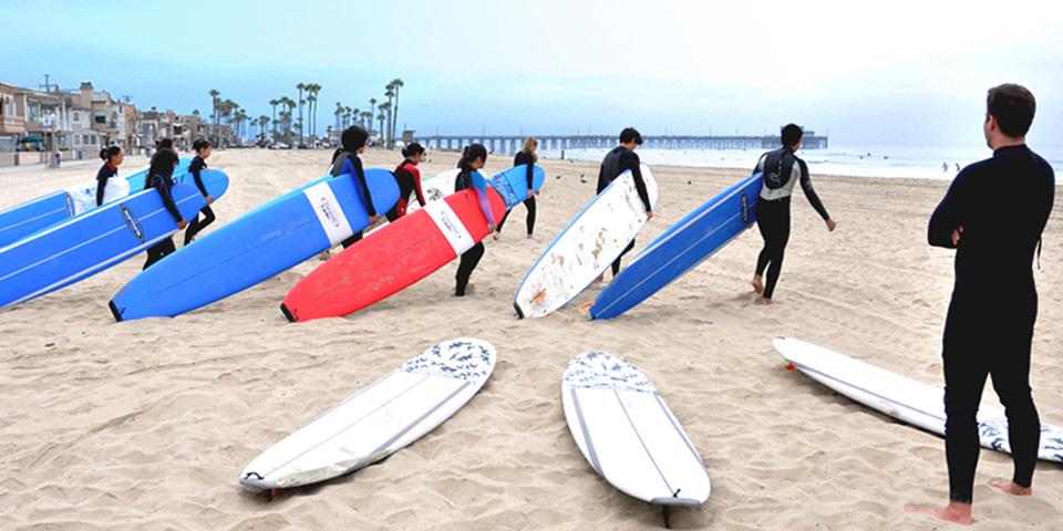 03 - Surfing