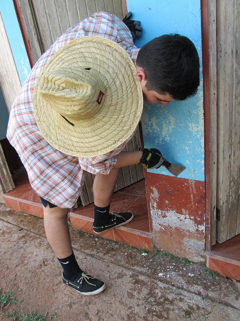 Before painting the primary school in San Miguel, we had to scrap off all the chipping paint.  It was hard work!