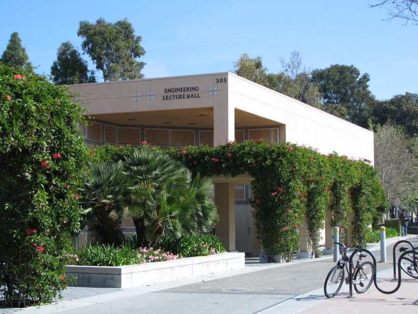 Engineering Lecture Hall - Exterior