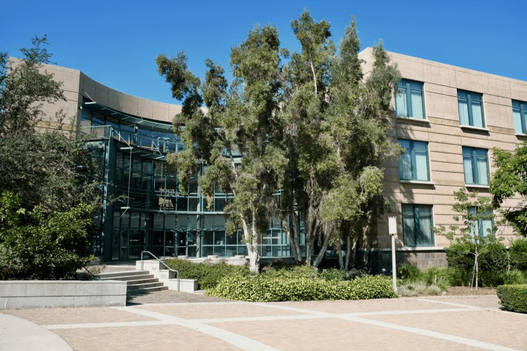 Natural Sciences I - Exterior