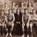 Basketball Team 1916 large.jpg