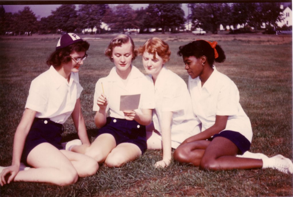 Freshmen students sitting on the grass, 1953