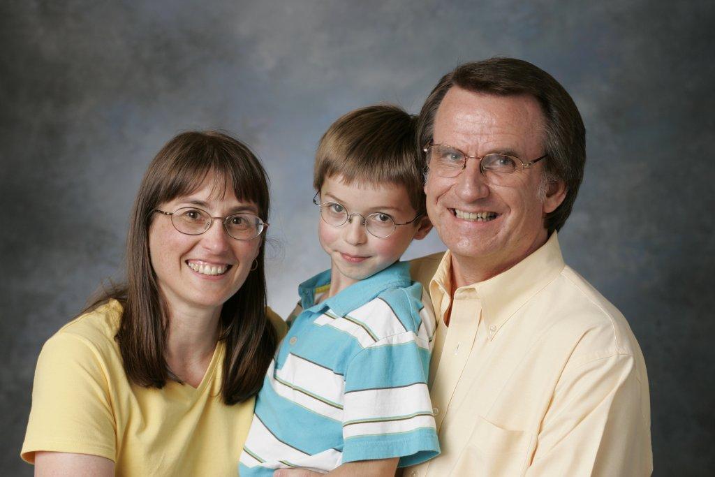 Alexander family: Paula, Kevin, David, 2006