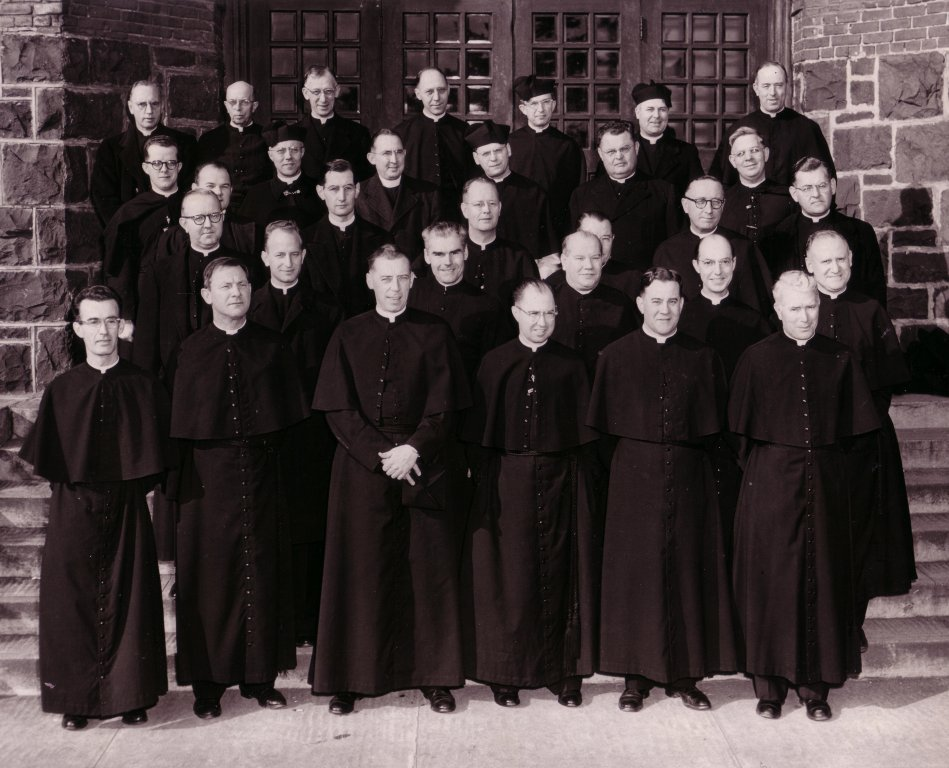 Holy Cross Group on Steps of West Hall, 1950