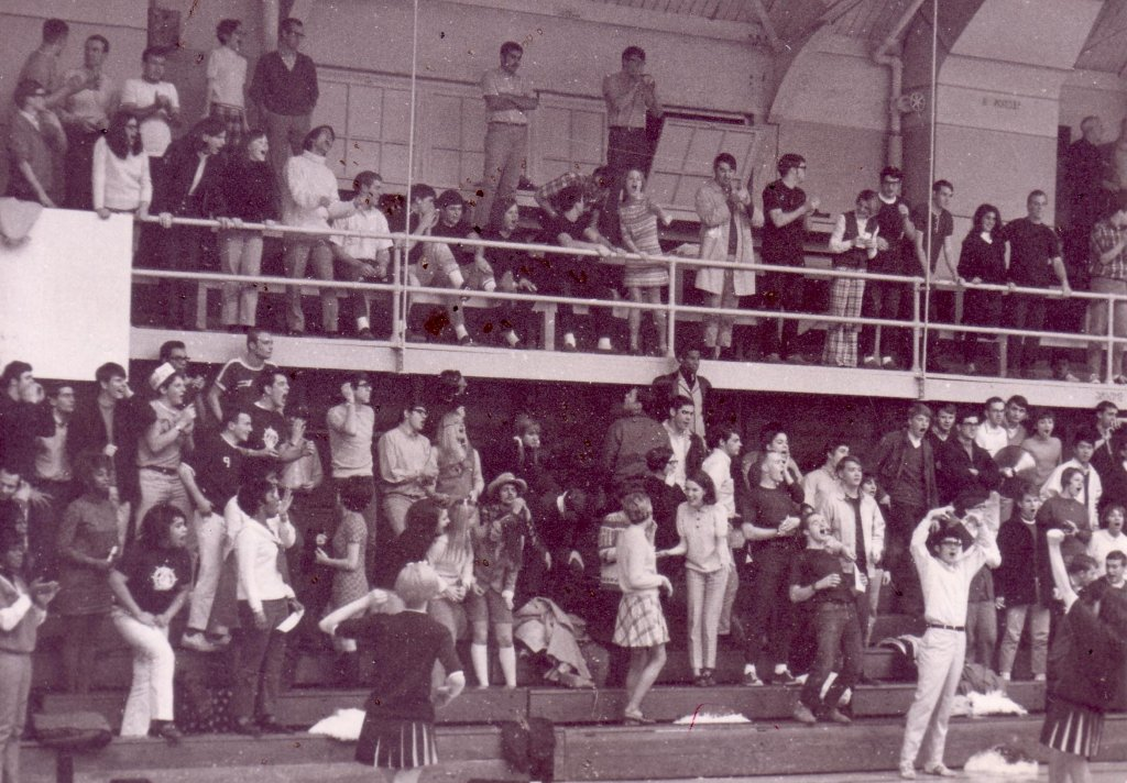 Howard Hall 1969 LOG L10A cheering at BB game