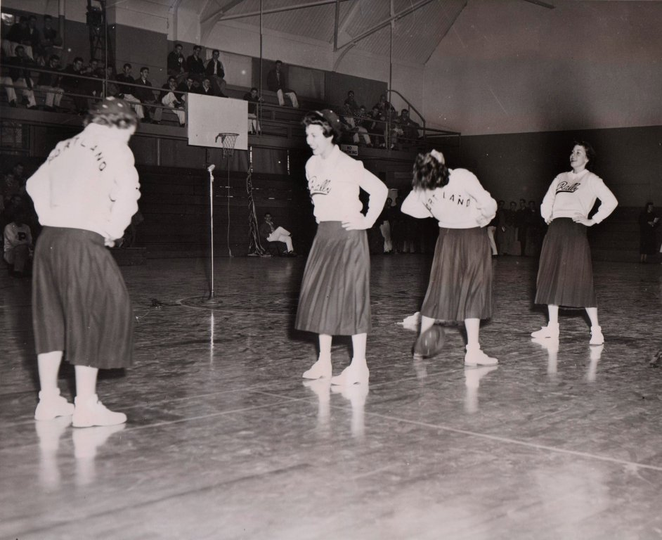 cheerleaders L 14 1950