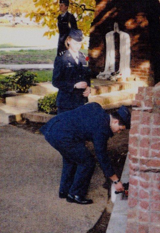 Praying Hands, 2000