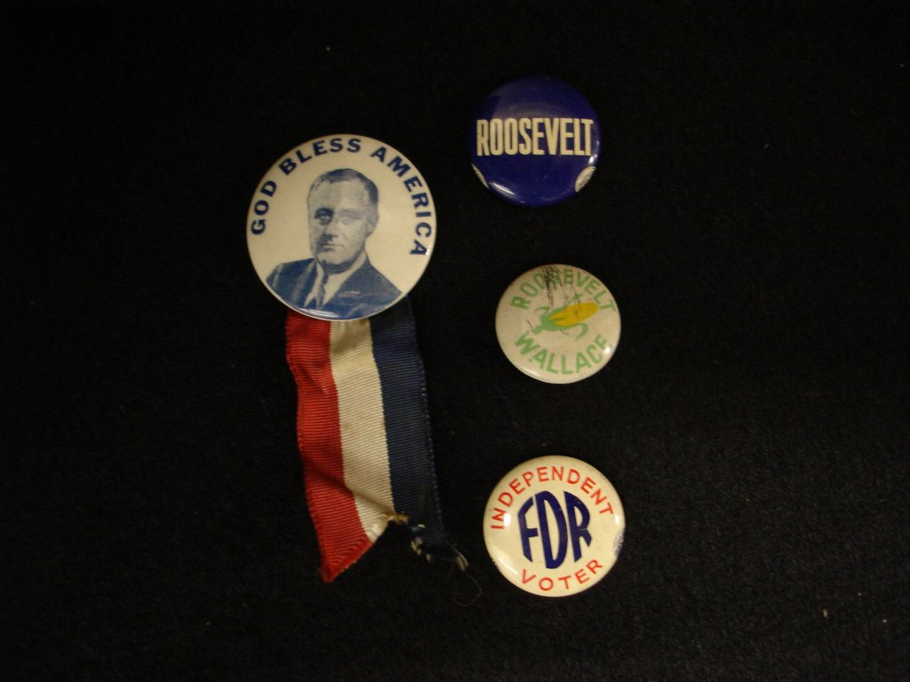FDR campaign buttons, 1940s