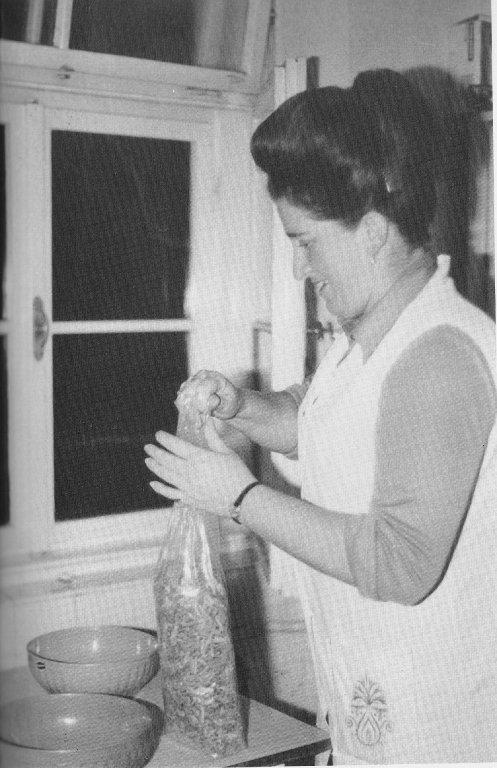 Frau Strobel, 1984